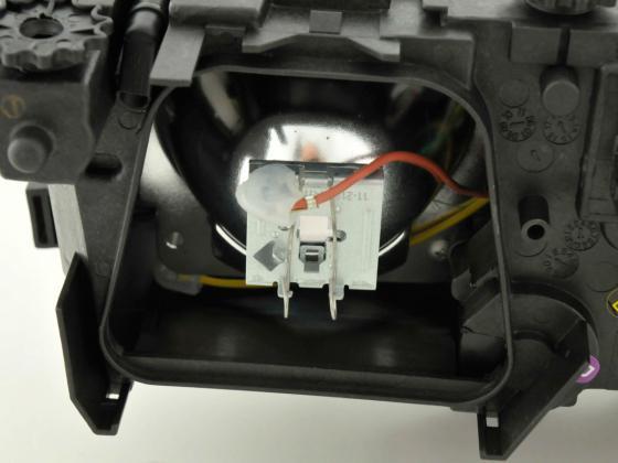 Spare parts headlight left BMW serie 7 (type E38)