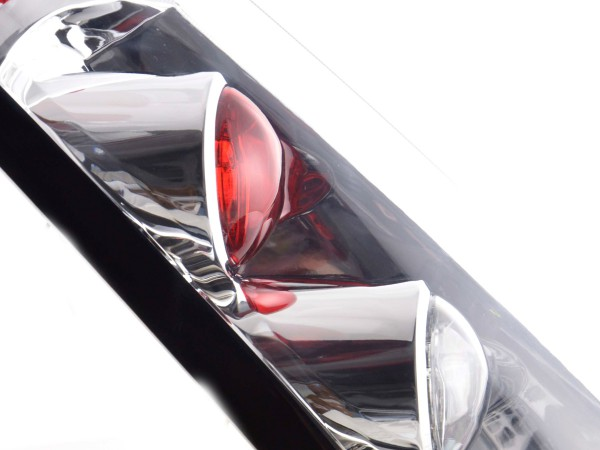 Taillights Ford Fiesta type JH1 JD3 3-tr. Yr. 02-05 chrome